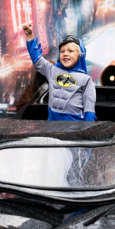 Samuel's dream comes true as he meets Batman at Invasion
