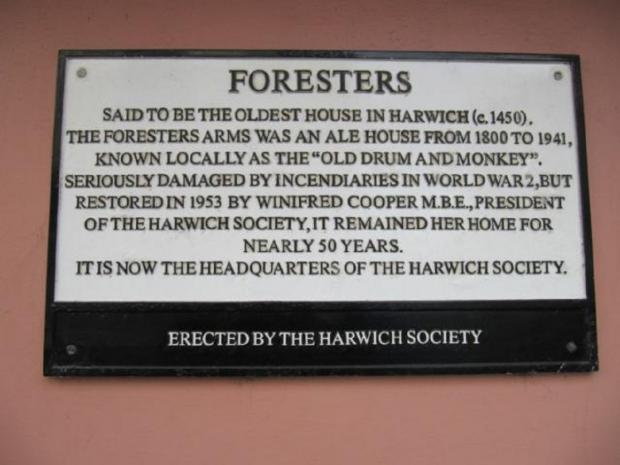 Gazette: Permanent reminder - The Foresters Arms was in Church Street. Now in residential use, this plaque is on the side of the building. The pub closed in July 1942