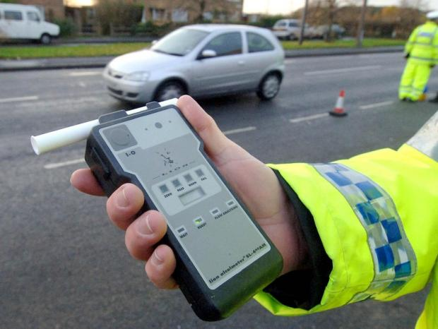 Essex: Nearly a thousand breathalysed in police drink drive clampdown
