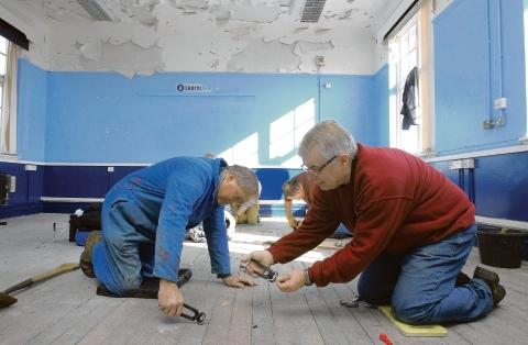 Les Peck and Peter Herring, of Colchester Archaeological Trust hard at work
