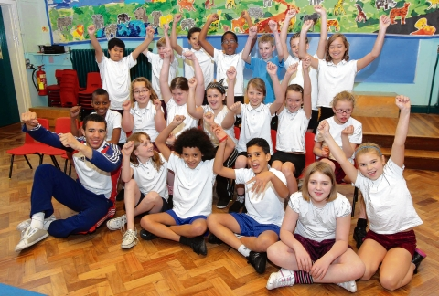 Judo star Lee Shinkin meets pupils at North Primary Sch