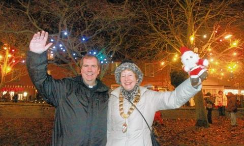 Rev Erwin Lammens and mayor Penny Kraft at the Christmas light switch-on event.