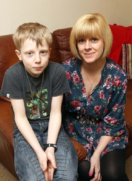 Asthma attack lad praises paramedics and doctors