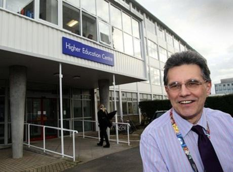 Colchester Institute new higher Education Centre, Operation manager Ian Davis outside the centre