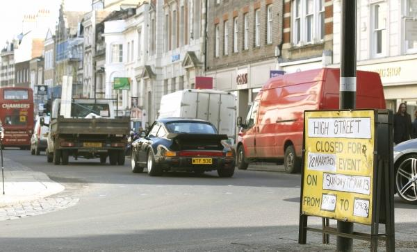 Motorists face fines of up to £100 in High Street ban