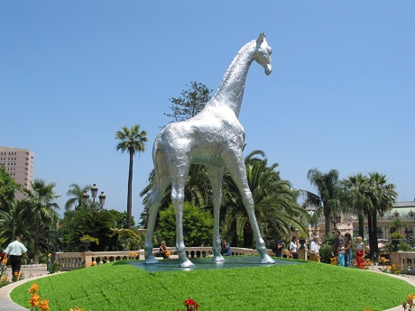 The 7.5m giraffe had been used as the centrepiece of the principality's Grand Casino Garden for its Animal Parade.