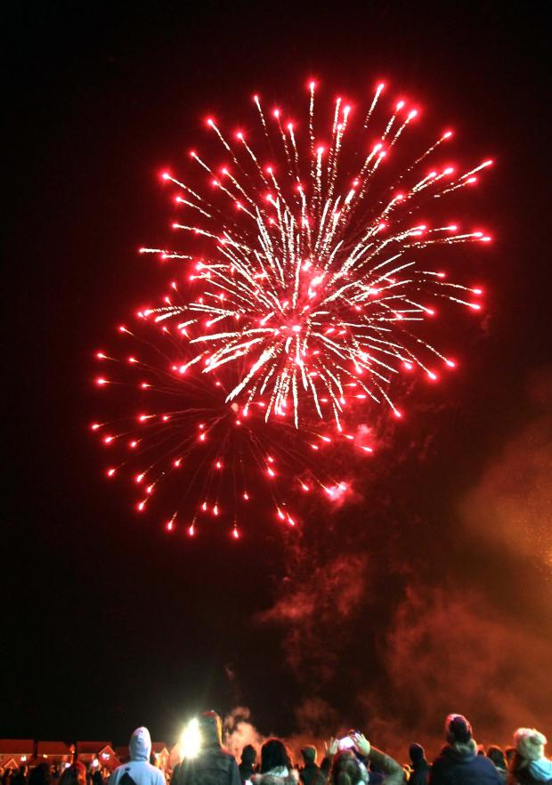 Gazette: Braintree: Fireworks night goes with a bang