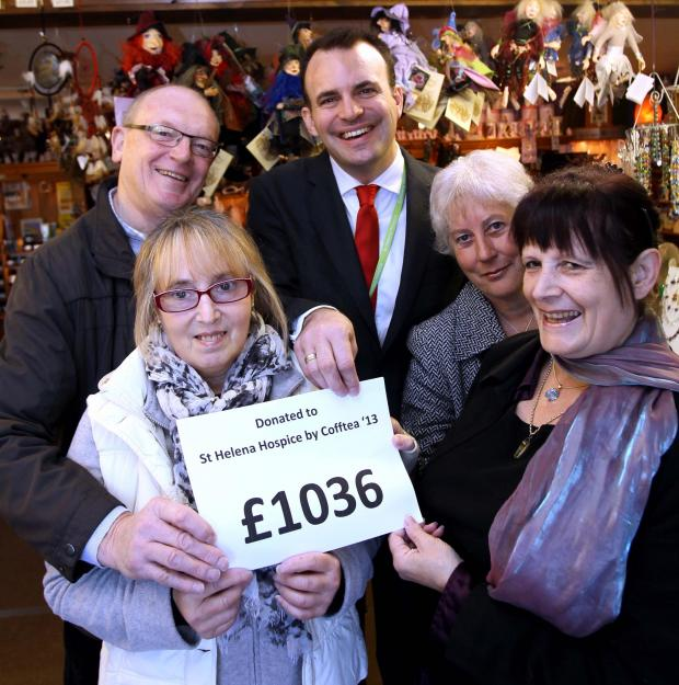 Fundraiser collects £1,036 for hospice