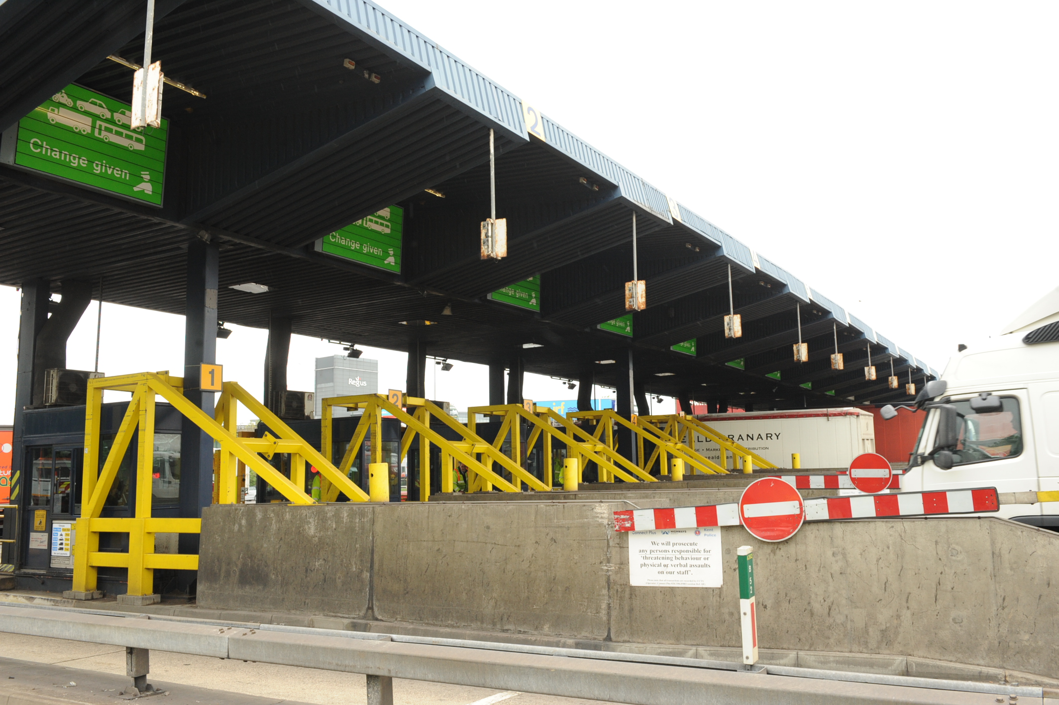 The existing tolls at Dartford will be replaced in October