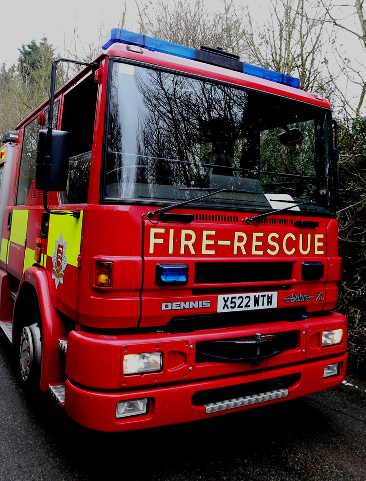 Fire crews called to blaze at tyre cent
