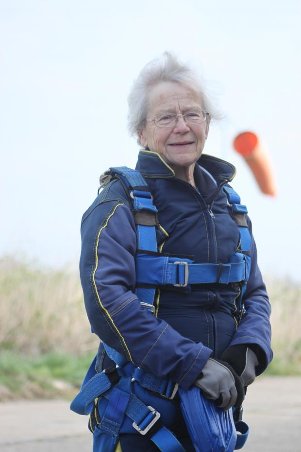 Gazette: Pat, 77, takes her first flight... and leaps back to earth