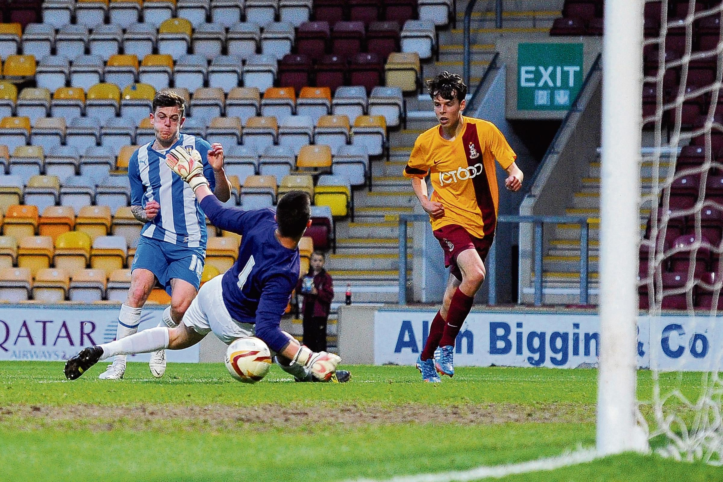 Net gain - Sammie Szmodics nets his second goal of the night in Colchester United's 4-2 win at Bradford City, on Tuesday night. Picture: RICH