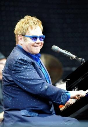 Last minute Elton John tickets available