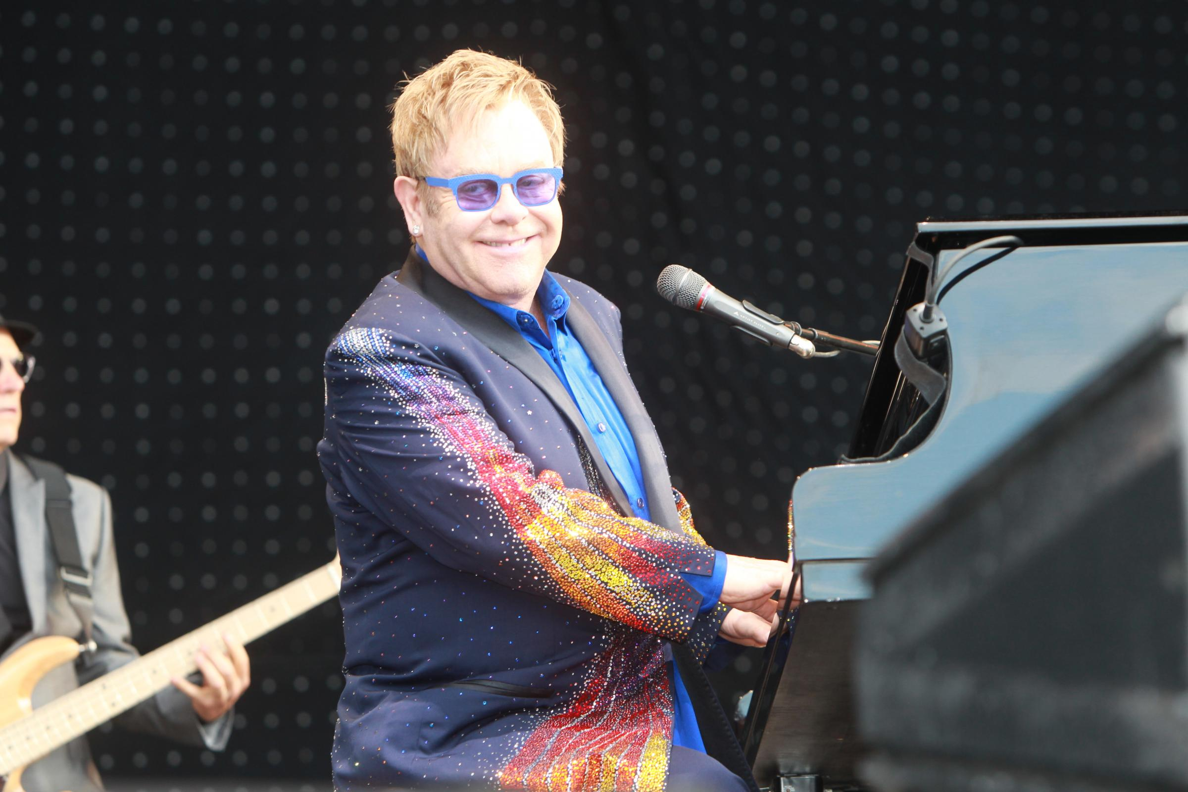 Superstar Elton wows Colchester crowd