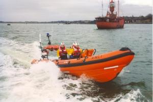 Lifeboat called to rescue capsized kayaker