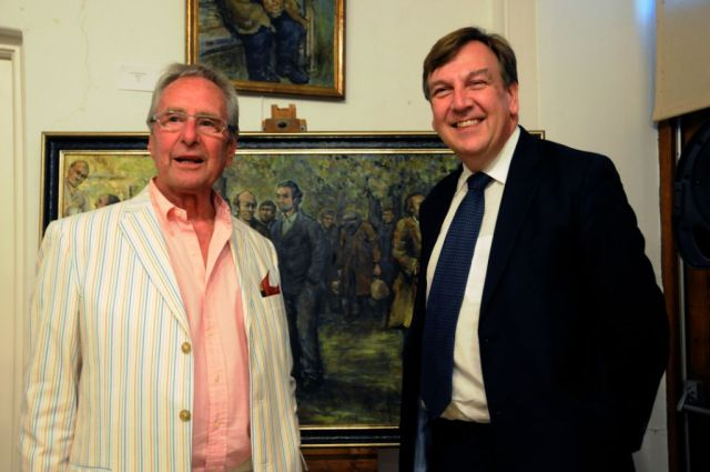 PHOTO CREDIT: Liz Bonsor. Artist John Durham with MP John Whittingdale