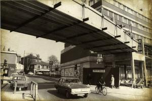 NOSTALGIA: 52 old pictures of Queen Street as it used to look
