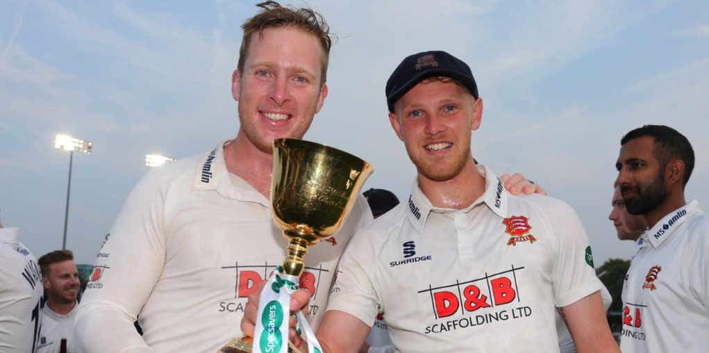 Top wicket-takers - Simon Harmer and Jamie Porter Picture: GAVIN ELLIS/TGS PHOTO