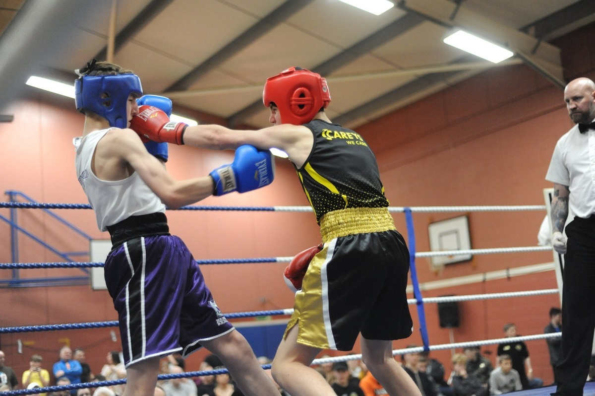 Packing a punch - Colchester ABC's Morgan Bloomfield (right) takes on Thames Valley's Aaron Duncan