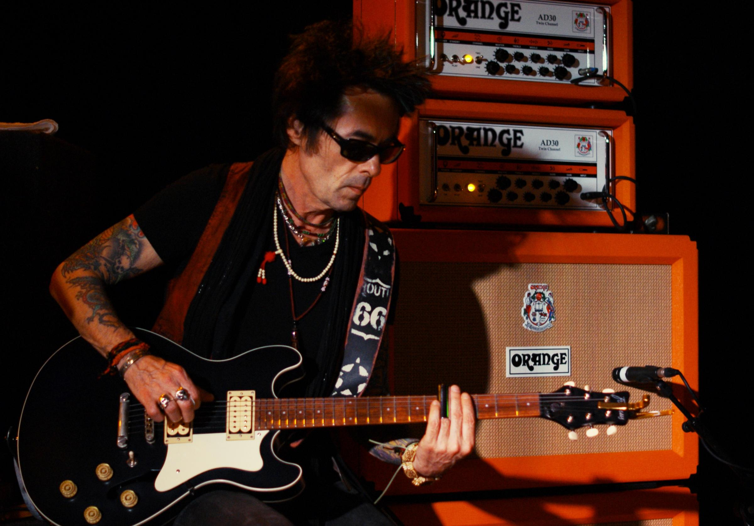 Rock n roll tales - courtesy of guitarist Earl Slick coming to the Colchester Arts Centre