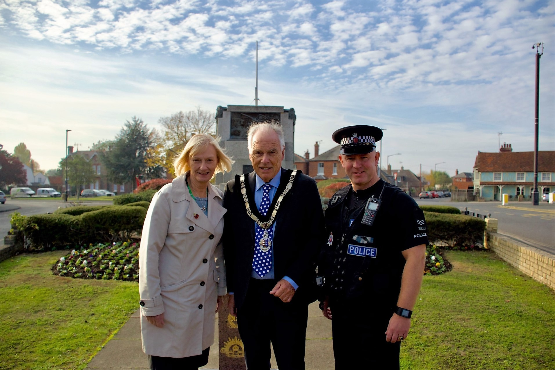 Extra patrols - Tendring councillor Lynda McWilliams, mayor Ben Smith and Simon Tattersall