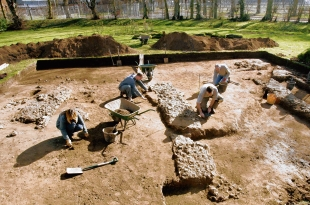 Can you dig it? Archaeologists on the site