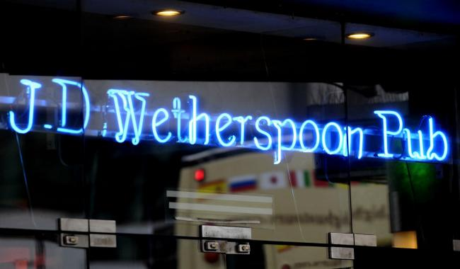 Wetherspoon pubs tell parents with children to limit their drinks - how you responded