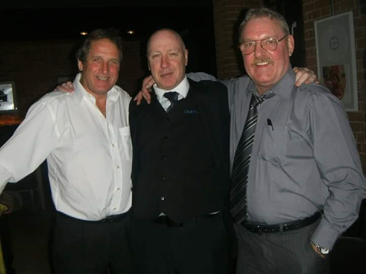 Town legends - Ipswich superfan Malcolm Thompson with legendary Dutchman Frans Thijssen (left) and his great friend Kevin Beattie